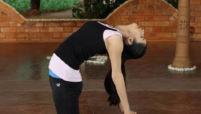 Cách tăng chiều cao ở tuổi 22 với yoga
